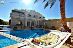 Stunning Villa with private pool and garden at Mubarak 7, Hurghada