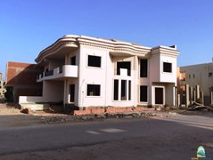 Half-finished villa at Magawish for sell